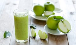 Suco detox de maçã com hortelã